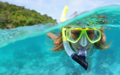 ¿Qué pasa si hago surf llevando mis lentillas?